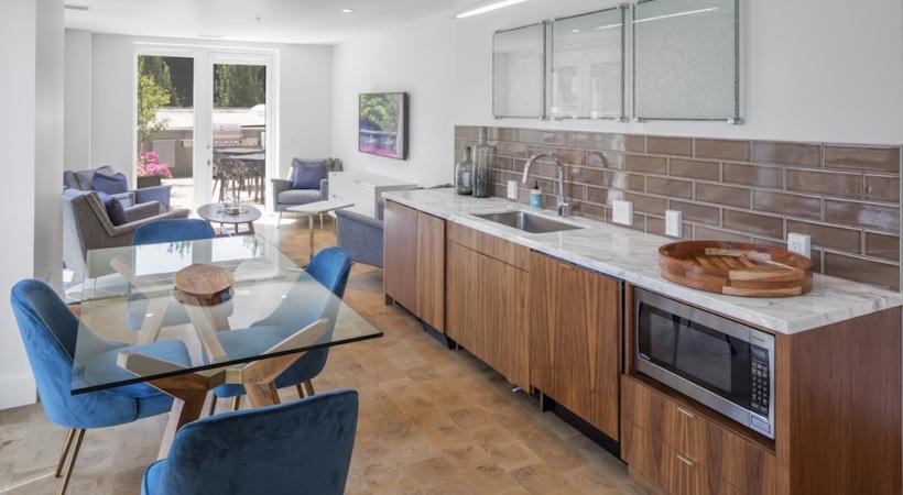 studio 1 2 bedroom apartments for rent in portland or dianne. Black Bedroom Furniture Sets. Home Design Ideas